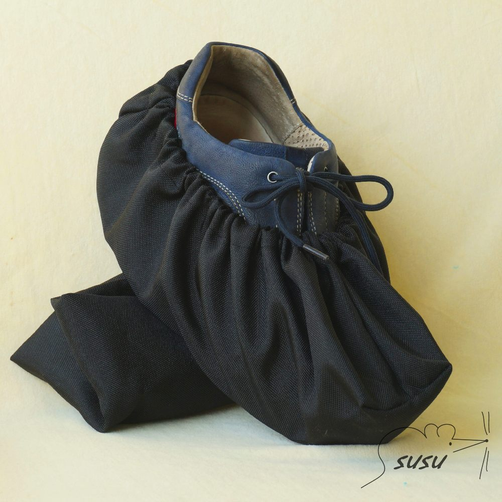 Návleky na boty 42-46 černá barevný puntík  10fbfa79ee
